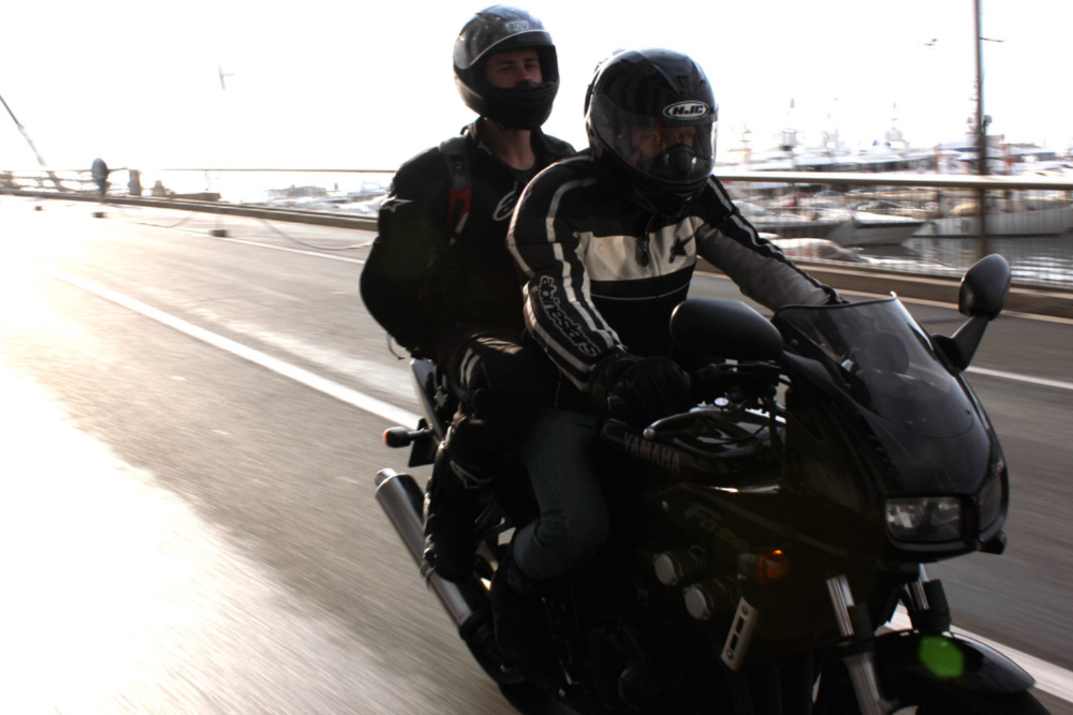 How to ride with a pillion on a motorcycle   Tru-Tension